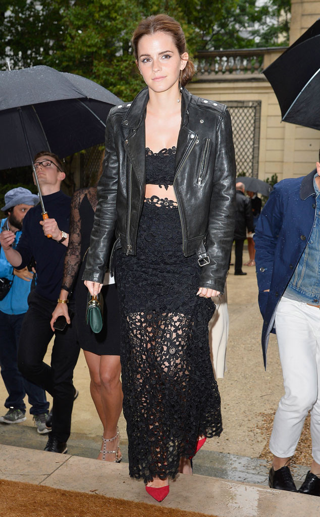 (http://www.eonline.com/photos/12953/paris-haute-couture-fashion-week-2014-star-sightings/396399)