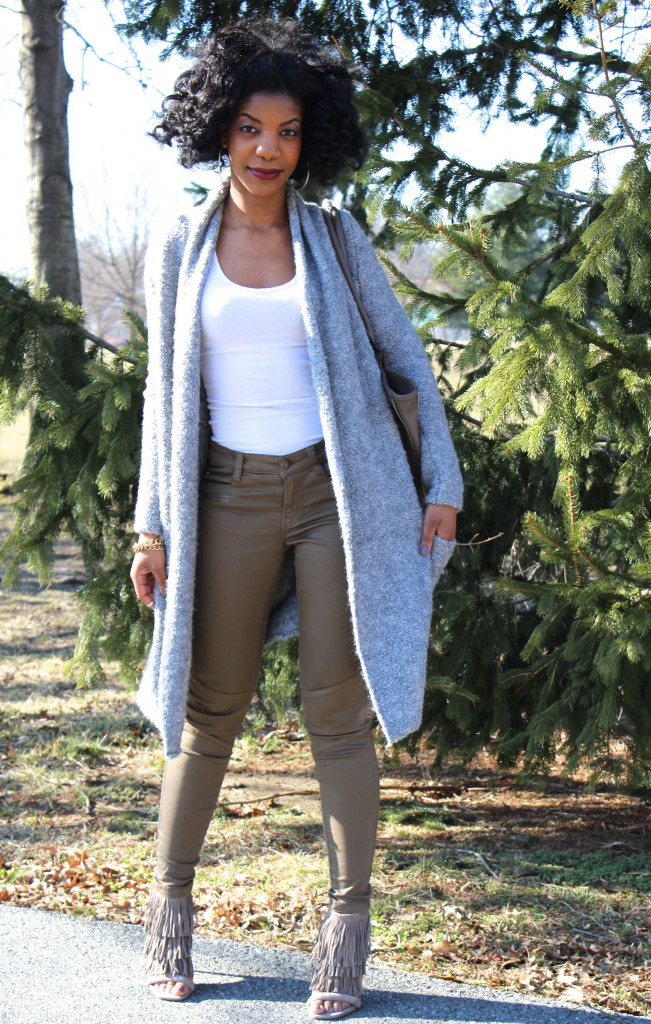 kasi perkins, the style perk, gold hoops, gold chain bracelet, white tank top, olive pants, h&m pants, h&m olive pants, natural hair, bantu knot out, philip lim for target, philip lim purse, target, cardigan, long line cardigan, gray cardigan, fringe heels, fringe sandals, steve madden, steve madden heels, steve madden fringy, steve madden fringy heels, photography, girl, blogger, black blogger, dc blogger, spring, spring fashion