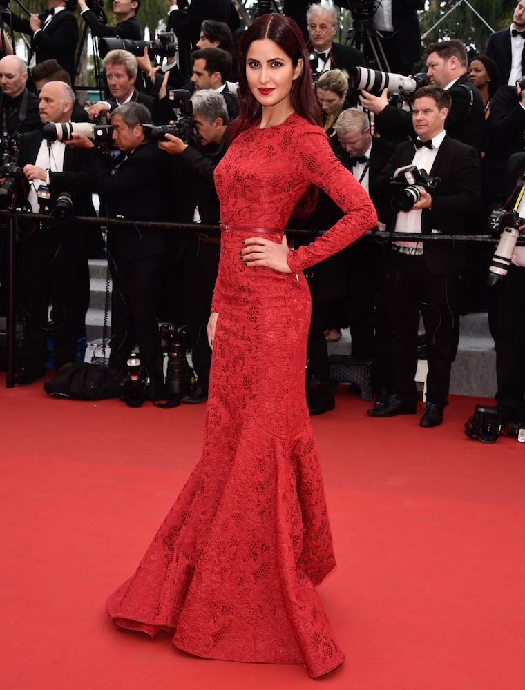 http://www.thefashionspot.com/celebrity-fashion/590553-2015-cannes-international-film-festival-red-carpet/