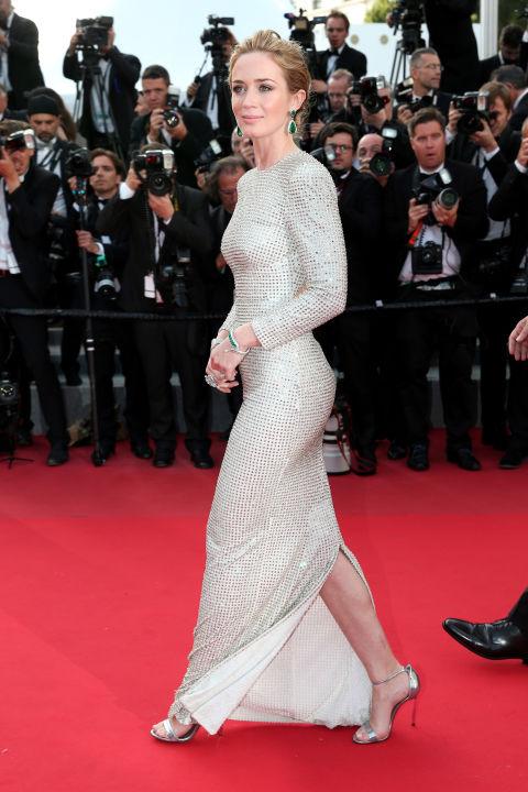 http://www.harpersbazaar.com/celebrity/red-carpet-dresses/g5699/cannes-fashion-2015/?slide=25