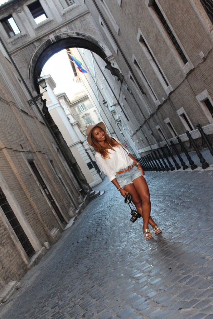 Piazza di Spagna, Piazza, Piazza Rome, Italy, Beautiful, Blogger, Black Blogger, DC Blogger, The Style Perk, Kasi Perkins, Natural Hair, Travel, Travel Blogger
