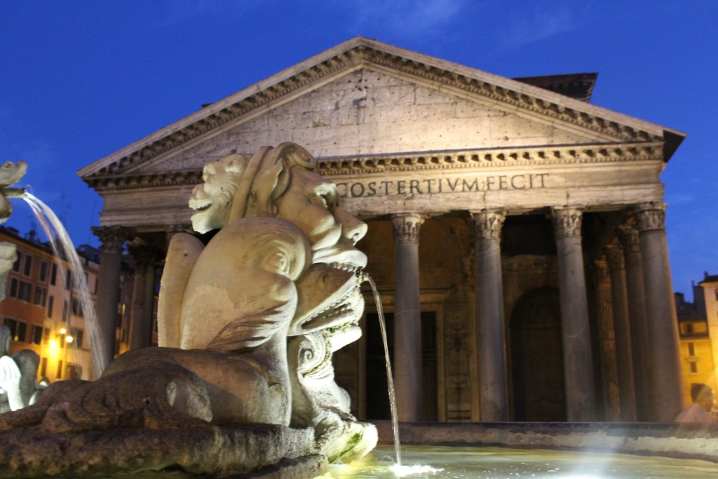 Piazza di Spagna, Piazza, Piazza Rome, Italy, Beautiful, Blogger, Black Blogger, DC Blogger, The Style Perk, Kasi Perkins, Natural Hair, Travel, Travel Blogger