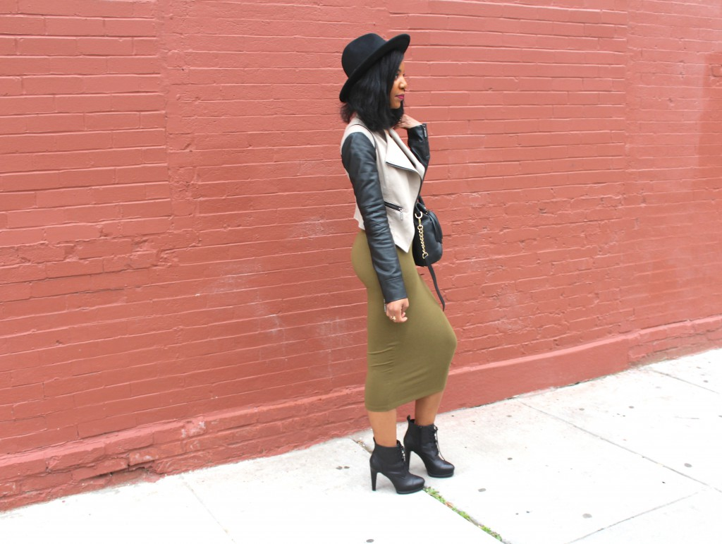 olive green midi dress, black booties, leather jacket, black wide brim fedora