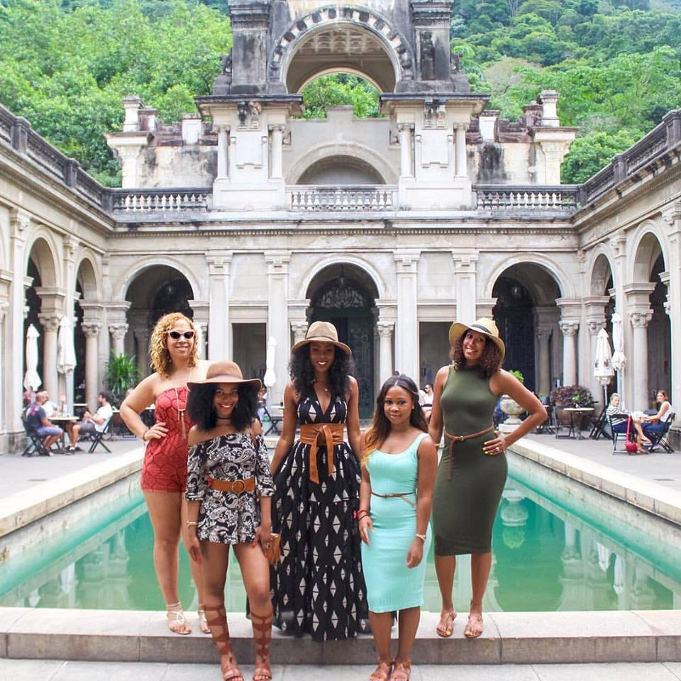 Parque Lage, Rio de Janeiro, Brazil, black girls who travel, brown girls who travel, group photo, travel, travel group, things to do in Rio de Janeiro, Brazil