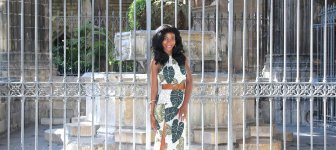 Barcelona Travel Style: Palm Leaf Print Split Front Maxi Dress