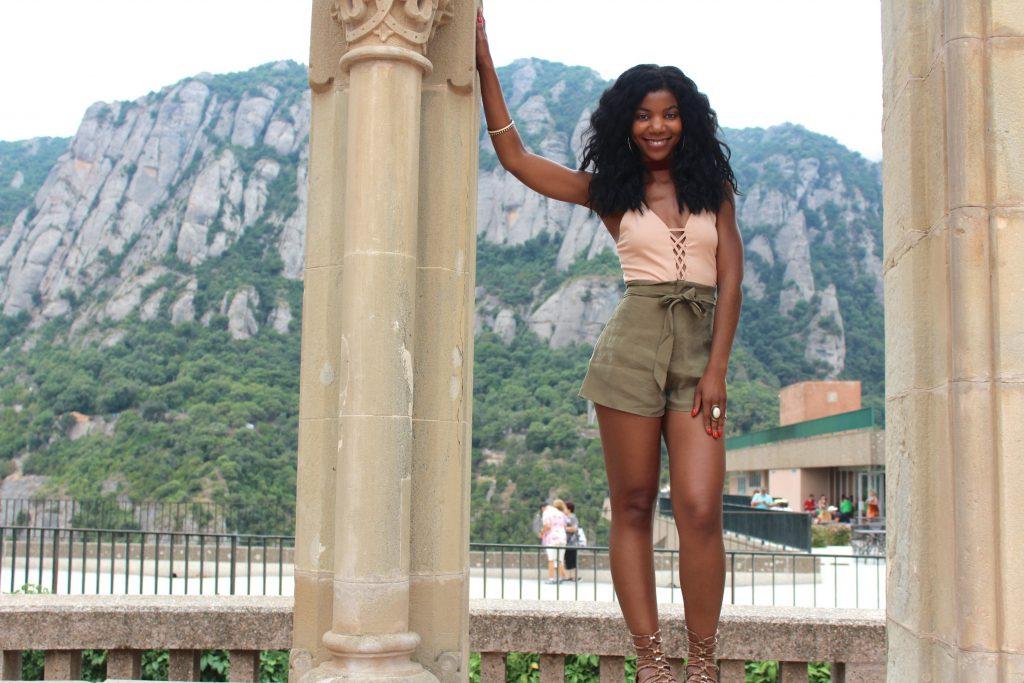 forever21 nude bodysuit, forever21 belted high waist olive shorts, xoxo snakeskin print gladiator sandals, Montserrat, Barcelona, Spain, girl group travel picture, black girls travel, fashionable girls travel photo