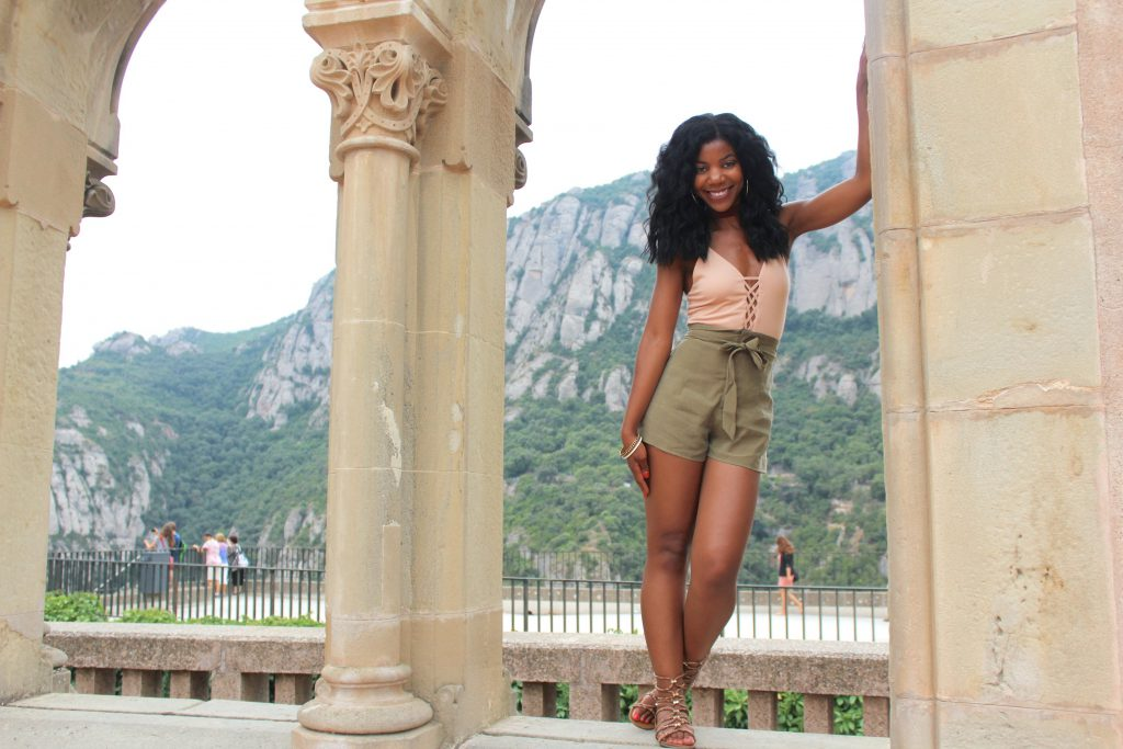 forever21 nude bodysuit, forever21 belted high waist olive shorts, xoxo snakeskin print gladiator sandals, Montserrat, Barcelona, Spain, girl group travel picture, black girls travel, fashionable girls travel photo