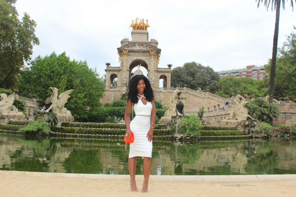 boohoo white midi dress, missguided orange clutch, aldo nude caged lace up sandals, Barcelona, Spain, Parc de la Ciutadella