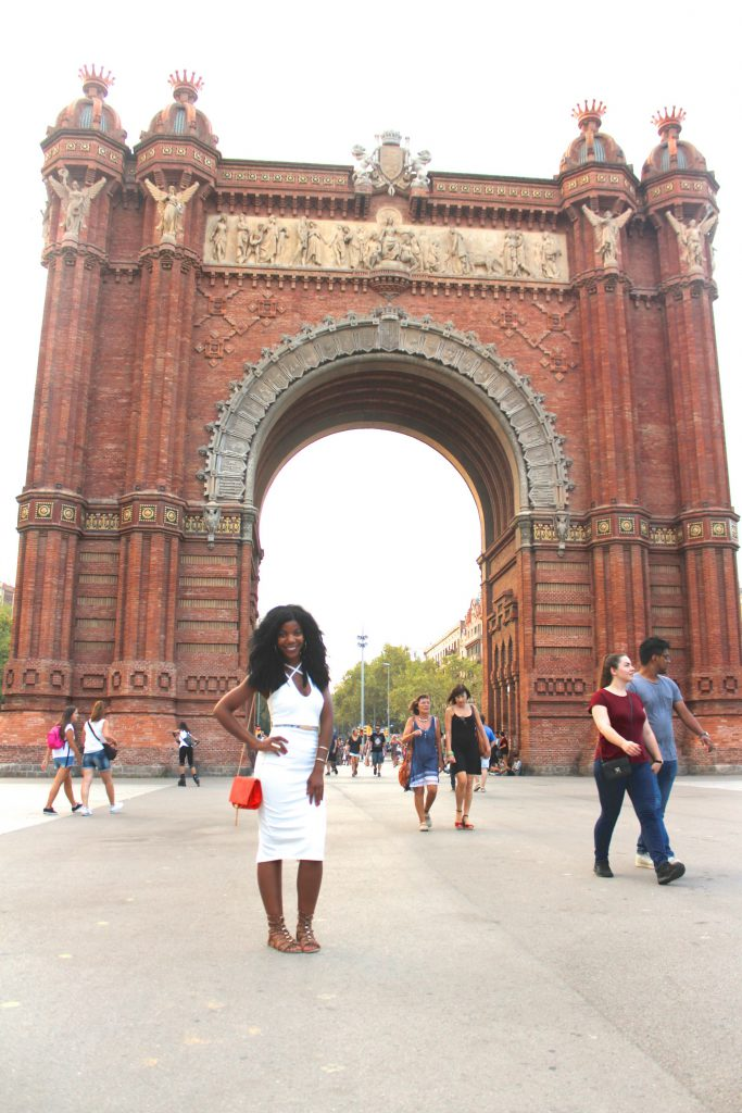 boohoo white midi dress, missguided orange clutch, aldo nude caged lace up sandals, Barcelona, Spain, Parc de la Ciutadella, Arc de Triomf