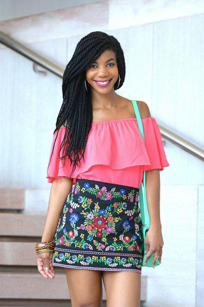 BarIII Pink Off The Shoulder Top Romwe Black Floral Embroidery Mini Skirt, Mint Green Cross Body, Express Black Tie Up Tassle Sandals