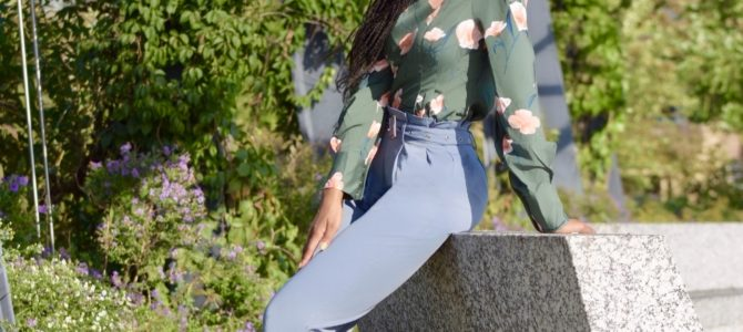 Fall Style: SheIn Blue Tailored Belted Pants + Floral Top