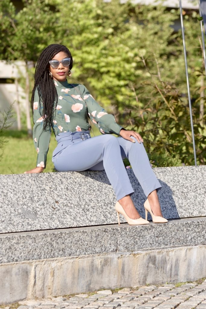 SHEIN Pleated Tailored Pants With Buckle Belt, Forever21 green and pink florals blouse, nude pumps