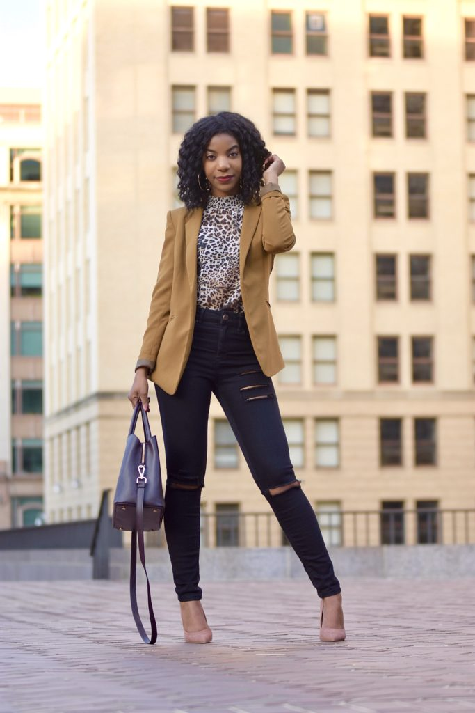 SHEIN Leopard Print Mock Tee, http://bit.ly/2T4UQmo, Use my discount code Q1thestyleperk15 H&M Camel Blazer, Asos Ridley Black Ripped Skinny Jeans, Steve Madden Daisie Pumps Nude